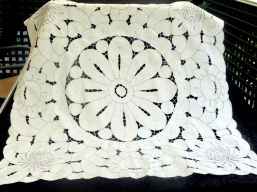 GORGEOUS HANDCRAFTED 100% WHITE COTTON TABLECLOTH / TOPPER