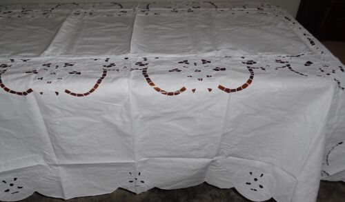 """72 x 108"""" Oval Table cloth 2402 with Embroidery, Cutwork and 12 Napkins"""