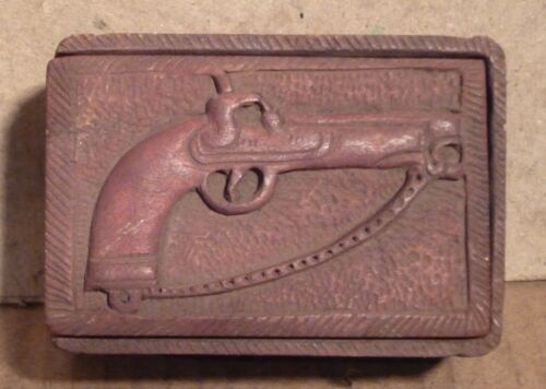RARE SNUFF BOX EROTIC HAND CARVED MUST SEE