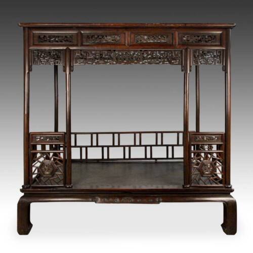 RARE ANTIQUE CHINESE CANOPY BED CARVED HARDWOOD FURNITURE CHINA 19TH C.
