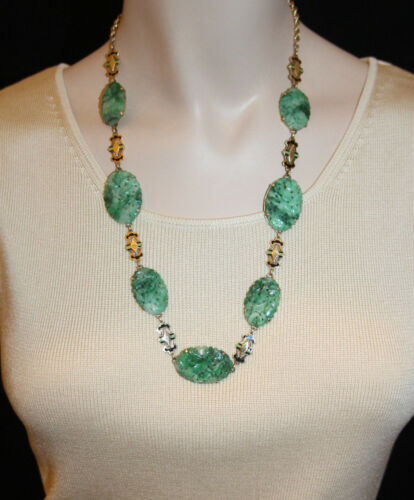Vintage Carved Jade Deco Necklace with 14K Yellow Gold Links 23 Inches Long