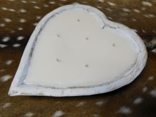 Carved Wooden Dough Bowl Soy Wax Candle Scented FRESH LINEN Trencher 3LB Heart