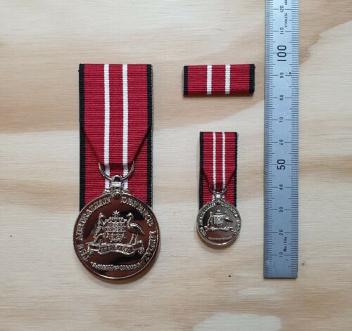 AUSTRALIAN DEFENCE MEDAL SET - ADM Court Mounted Full size, Miniature & Bar.Modern, Current - 36066