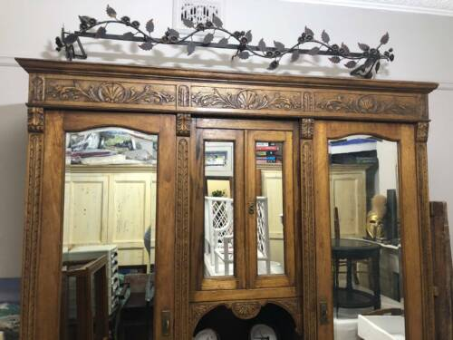 ANTIQUE FRENCH OAK ARMOIRE WITH ORIGINAL KEYS