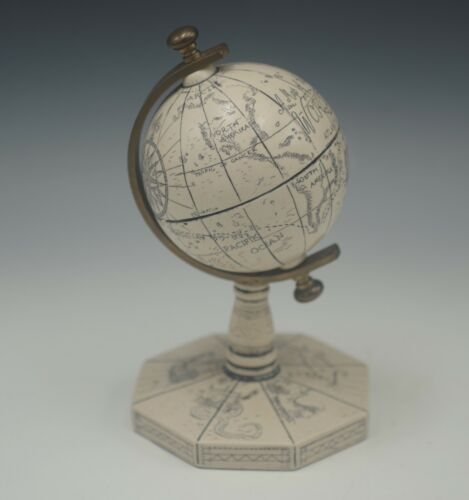 COMOY'S OF LONDON MADE IN ENGLAND SCRIMSHAW STYLE  WORLD GLOBE MAGELLAN