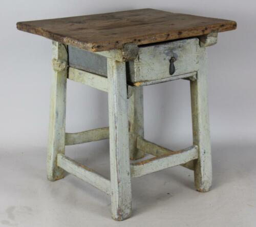 A RARE LATE 18TH C PRIMITIVE HUDSON VALLEY JOINT STOOL-TABLE OLD IVORY PAINT