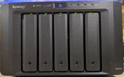 Synology DS1515+ NAS upgraded to 8GB RAM with 5x4TB Enterprise HDDs + 1x spare