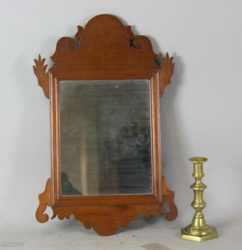 A GREAT EARLY 18TH C AMERICAN QUEEN ANNE MIRROR SCALLOPED CREST ORIGINAL MIRROR
