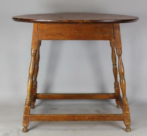RARE 18TH C WILLIAM & MARY SPLAY LEG STRETCHER BASE TAVERN TABLE ORIGINAL TOP