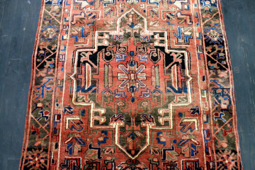10X4 1940's FINE ANTIQUE HAND KNOTTED VEGETABLE DYE HERIZZ GEOMETRIC WOOL RUG