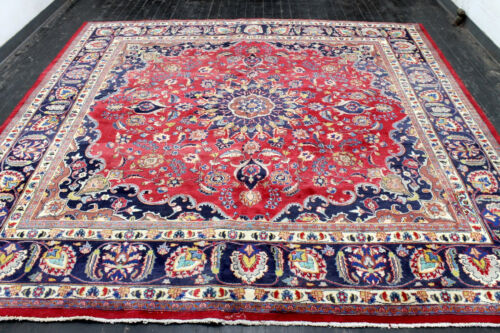 10X10 1940's SIGNED ANTIQUE HAND KNOTTED VEGETABLE DYE MASHADD DISTRESSED RUG
