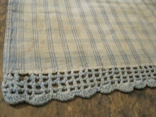 19th Century Primitive New England Find Blue and White Homespun Fabric Textile
