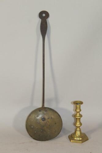 RARE 18TH C NEW ENGLAND WROUGHT IRON AND BRASS SKIMMER IN AN OLD GRUNGY SURFACE