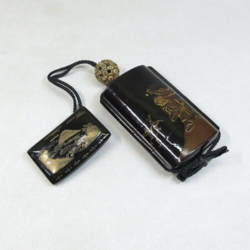 E0178: Japanese old lacquer ware INRO (pill box) with MAKIE and good NETSUKE