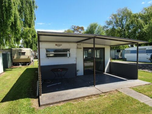 22ft Franklin Caravan and Annex - annex optional, will be dismantled for you