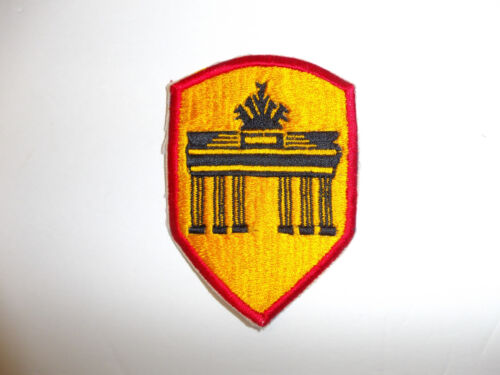 b1530  Post WW 2 US Army Berlin District patch occupation R9BReproductions - 156472