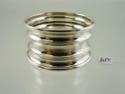 PLAIN RINGED CONCAVE NAPKIN RING BY J & RG CHESTER 1913 aa