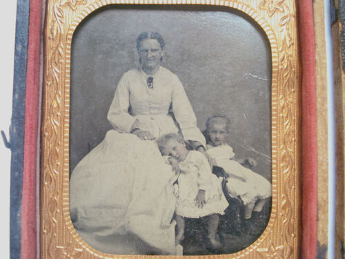 1/6 PLATE TINTYPE ~ MOTHER AND CHILDREN