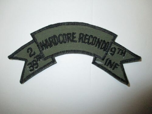 b7491 US Army Vietnam tab 2 39th Hardcore Recondo 9th Inf black on OD IR37AReproductions - 156445