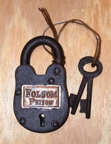 Folsom Prison Cast Iron Working Lock With 2 Keys Antique Finish