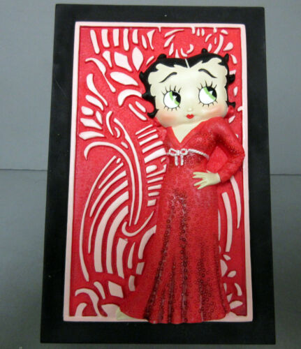 New Retired Piece 3D Betty Boop Sculpted Red /& Black Ceramic Mug 1998 Edition