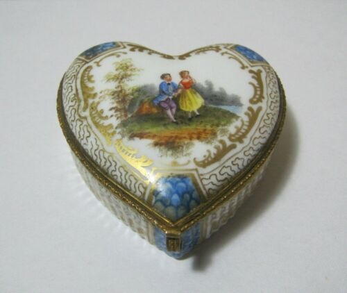 Antique Meissen Style Porcelain Covered Heart Box  T*
