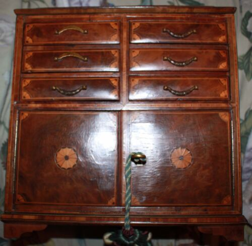 ANTIQUE HUMIDOR 19th century cherry wood Georgian bracket footed fan inlay