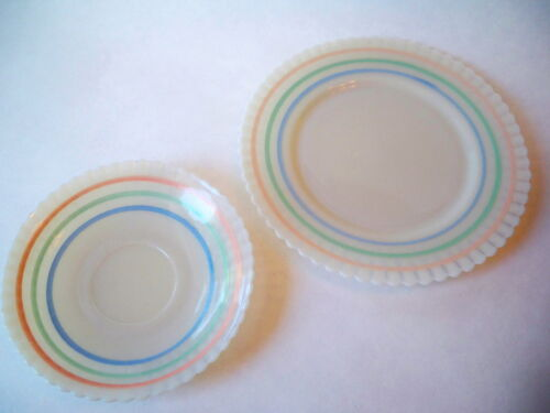 "White Opalescent Scalloped Edge 8"" and 6"" Glass Plates Ribbed pink green"