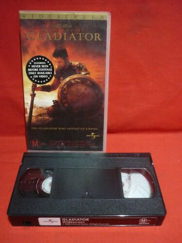 GLADIATOR in WIDESCREEN with RUSSELL CROWE VHS VIDEO CLASSIC MOVIE