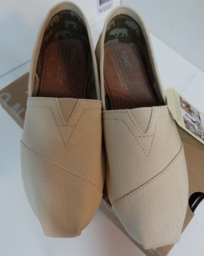 TOMS Women's Classic Natural Canvas Slip-On 6.5 Beige