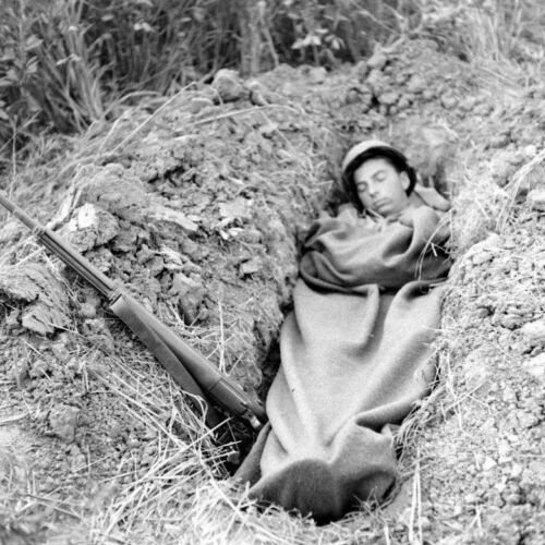 WW2 Photo WWII US Army 10th Mountain Soldier Sleeping Italy World War Two / 1398United States - 156437
