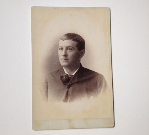 Cabinet Card Photo Oneida NY Richardson Antique Handsome Young Man Photograph