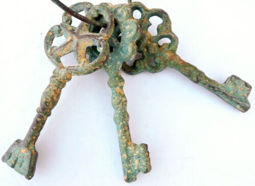 Chambers Skeleton Key Ring Antiqued Green Cast Iron Rustic New Vintage 8 Inches