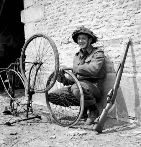 WW2 Photo WWII  Canadian Trooper Bicycle Normandy June 44 World War Two / 1515Canada - 156429