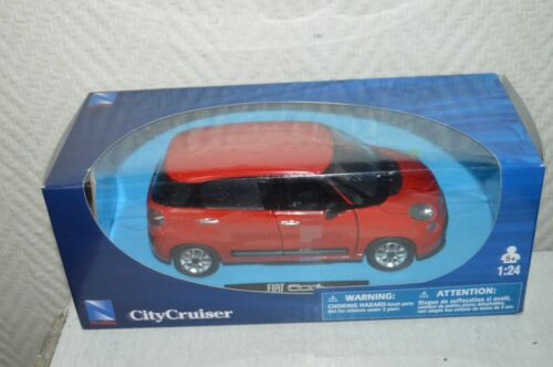 VOITURE NEW RAY CITY CRUISER FIAT 500 L  DIE-CAST NEUF  1/24 CAR/COCHE ROUGE