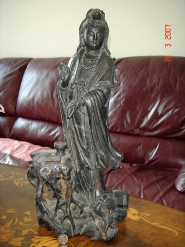 Goddess of Mercy Kuanyin Statuette, fine antique wood carving