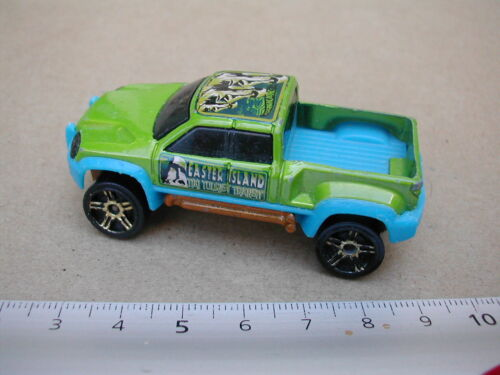 mega duty  / HOT WHEELS  VEHICULE MINIATURE M574