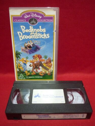 WALT DISNEY'S BEDKNOBS AND BROOMSTICKS VHS VIDEO TAPE VGC CLASSICS COLLECTION