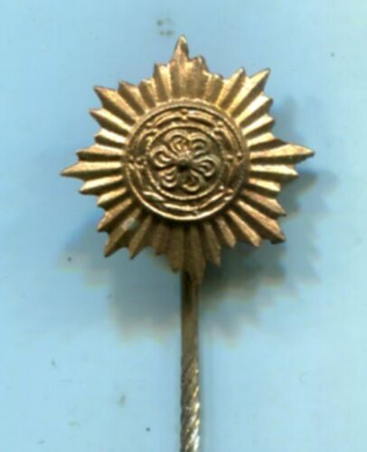 ORIGINAL WWII GERMAN EASTERN PEOPLES GOLD Stickpin Medals, Pins & Ribbons - 36047