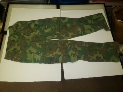 WR2D-15 US Vietnam ERDL Camouflage Rip stop Trousers Pants X-Small RegularUniforms - 104017
