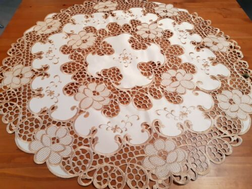 """""""Taupe/Antique Gold"""" 85*85cm Round Venetian Cutout Polyester Small Tablecloth"""