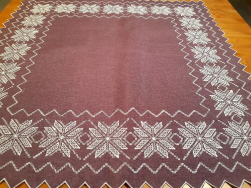 """Polyester 85*85cm """" Aubergine-CrossStitchLinen/Look""""  Embroidered Small T/Cloth"""