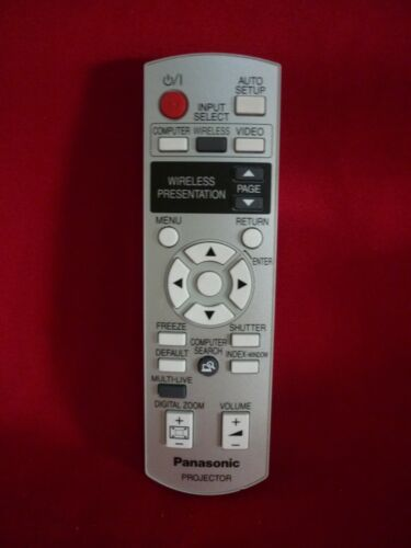 PANASONIC PROJECTOR REMOTE CONTROL N2QAYB000169 WORKS WELL