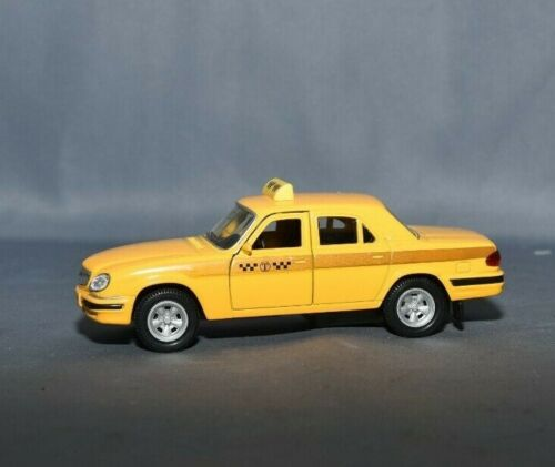 NB VOITURE RUSSE USSR CCCR LADA TAXI