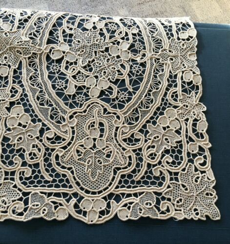 Rare Antique Belgian Zele Needle Lace Mat Doily