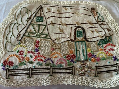 VINTAGE HAND EMBROIDERED CENTREPIECE-ENGLISH COTTAGE/THATCHED ROOF/SUMMER GARDEN