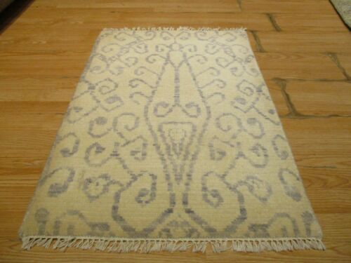 2x3 Modern Agra ABC Collection Vegetable Dye Handmade-knotted Wool Rug #35