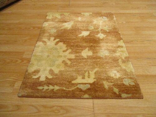 2x3 Modern Agra ABC Collection Vegetable Dye Handmade-knotted Wool Rug #34