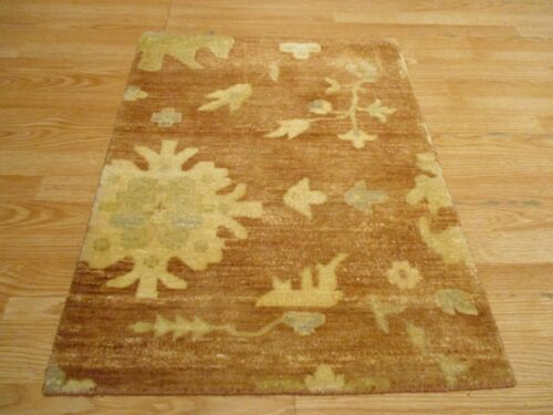 2x3 Modern Agra ABC Collection Vegetable Dye Handmade-knotted Wool Rug #28
