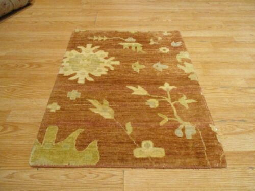 2x3 Modern Agra ABC Collection Vegetable Dye Handmade-knotted Wool Rug #32